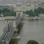Budapest. Puente de las cadenas sobre el Danubio