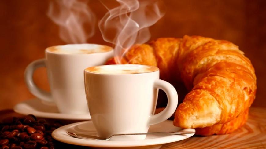 croissant-y-café