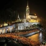 Lourdes - Procesión de las antorchas