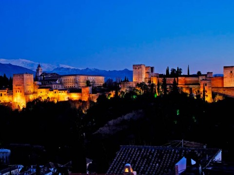 Granada.Alhambra-anochecer
