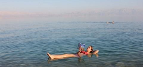 Baño en el Mar Muerto