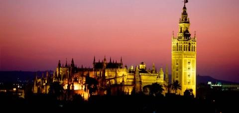 Sevilla al anochecer